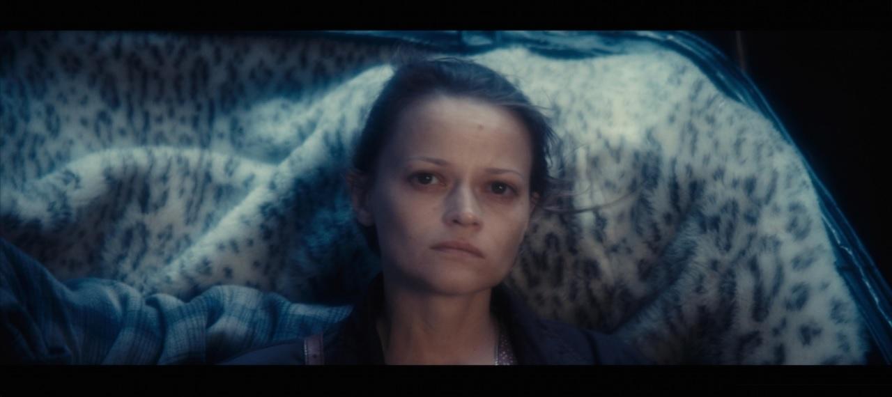 Una Mujer Dulce (Krotkaya) – Tráiler