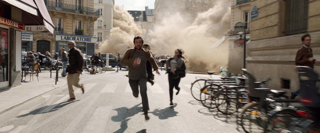 Desastre en París (Dans la brume) – Tráiler