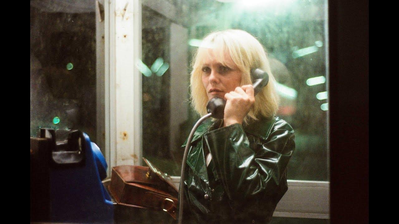 La daga en el corazón (Un couteau dans le cœur) – Soundtrack, Tráiler