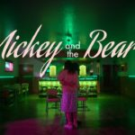 Mickey and the Bear – Tráiler